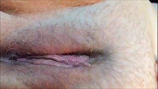 Humid Beaver Orgasm Closeup With Contractions
